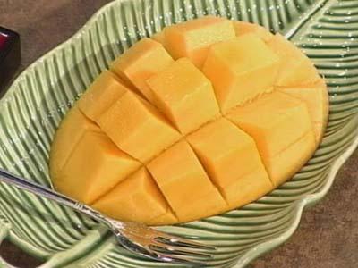 沖縄フルーツ市場の沖縄産完熟アップルマンゴー