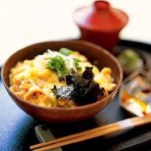 日本料理basaraの親子丼