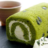 京はやしやの抹茶黒豆ロールケーキ